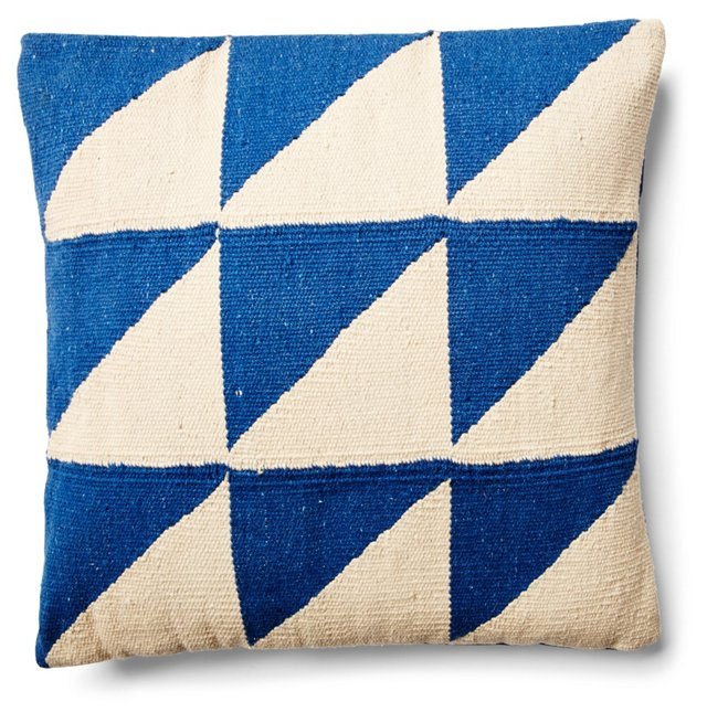 Kuri 18x18 Cotton Pillow, Blue