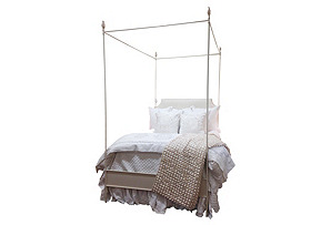 Claire Canopy Bed, Bronze