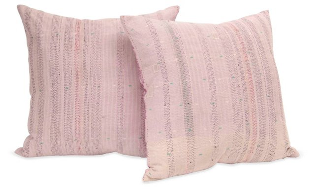 Lola Pillow, Pair