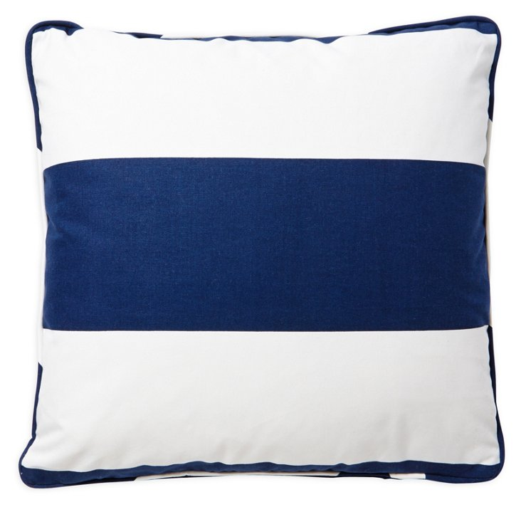 Avery Pillow
