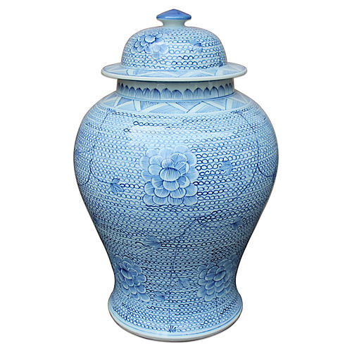 "20"" Chain Temple Jar, Blue/White"