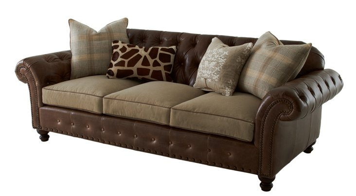 Beverly Chesterfield Sofa, Chocolate
