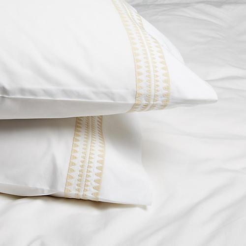 S/2 Seychelles Standard Pillowcases, Champagne