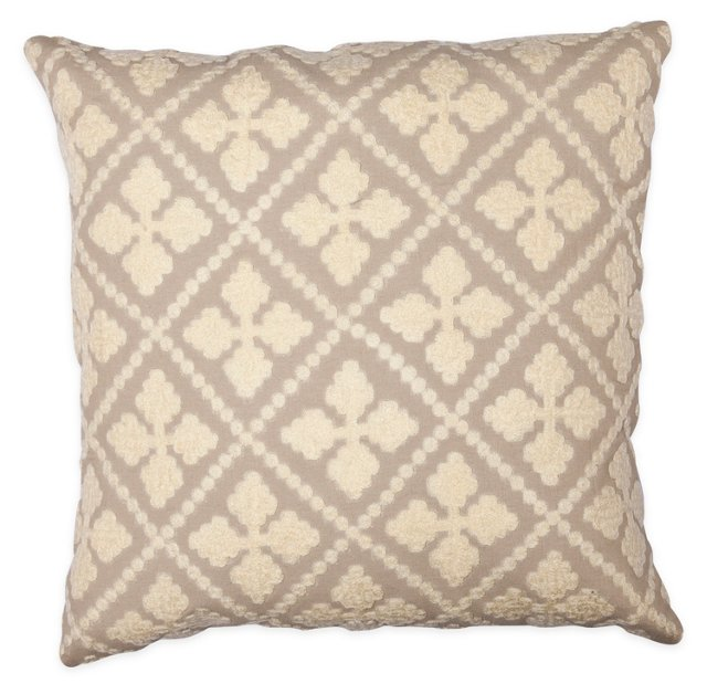Quatrefoil 20x20 Pillow, Taupe