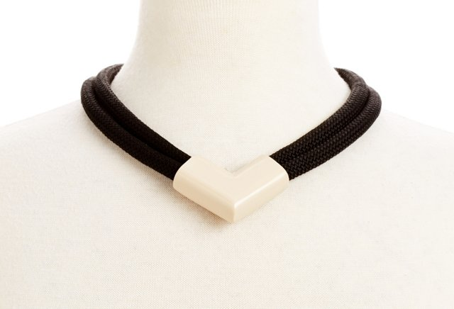 Willa Necklace, Black/Cream