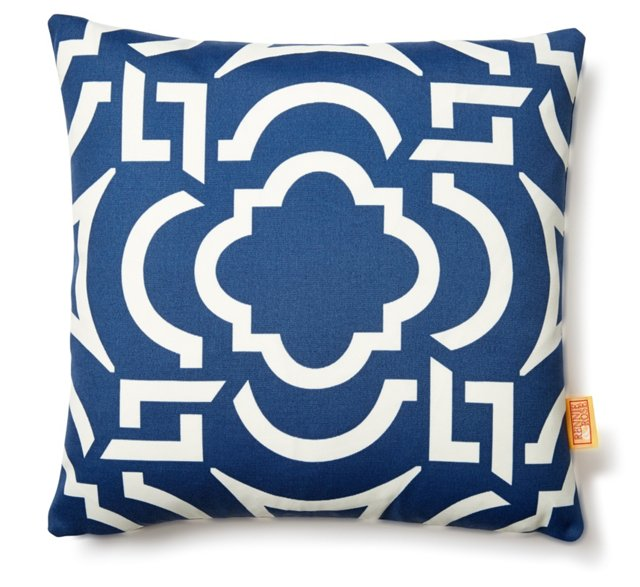 Central 18x18 Outdoor Pillow, Navy