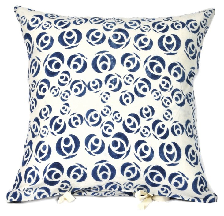 Chanda 18x18 Cotton Pillow, Indigo
