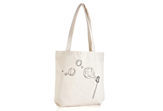 Beach Tote, Blowing Bubbles