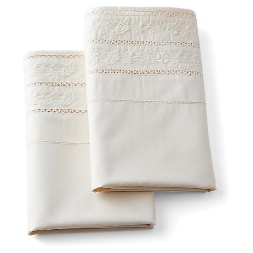 Nadiya Pillowcases