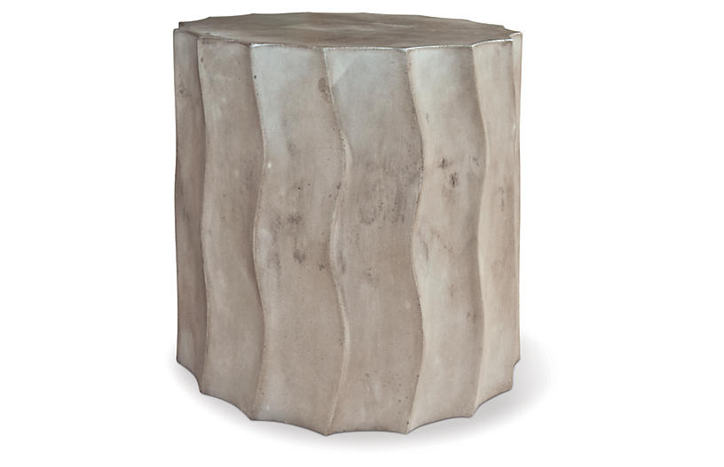 Wave Short Concrete Side Table, Gray