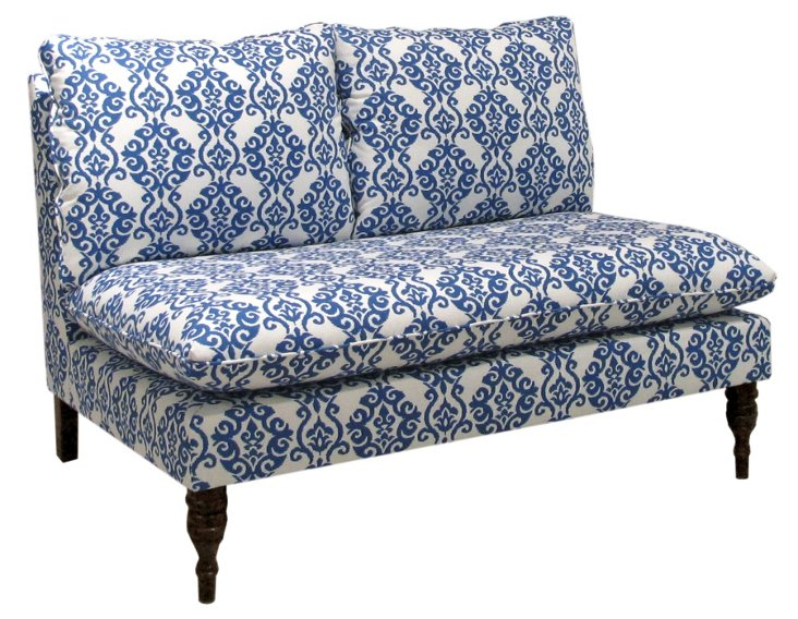 Bacall Settee, White/Blue Ogee