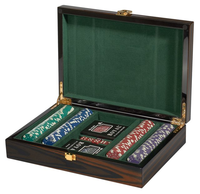 Ebony Poker Set, Brown