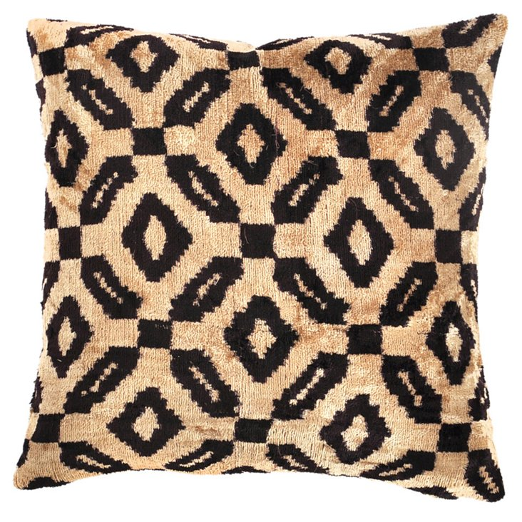 Orca 15x15 Silk Velvet Pillow, Black