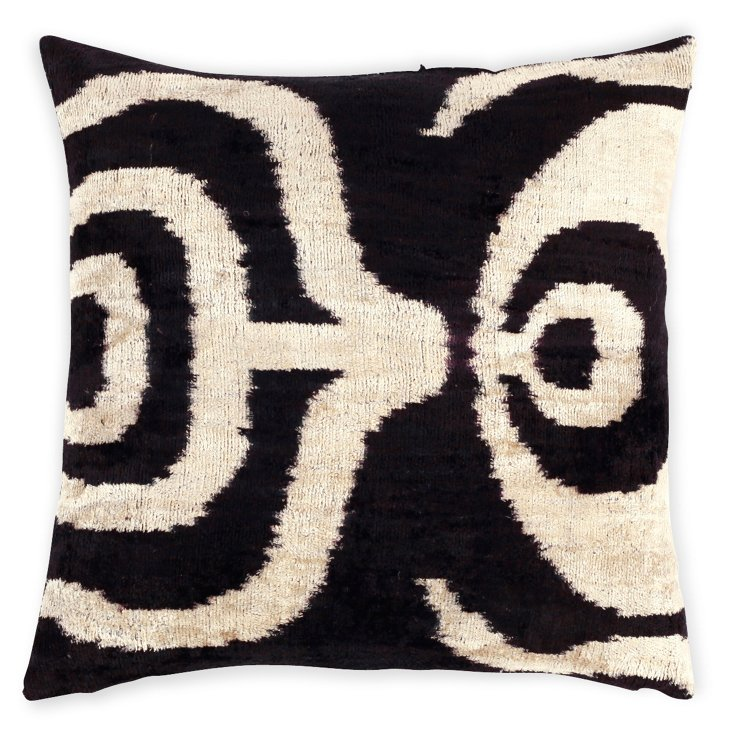 Monsa 15x15 Silk Velvet Pillow, Black