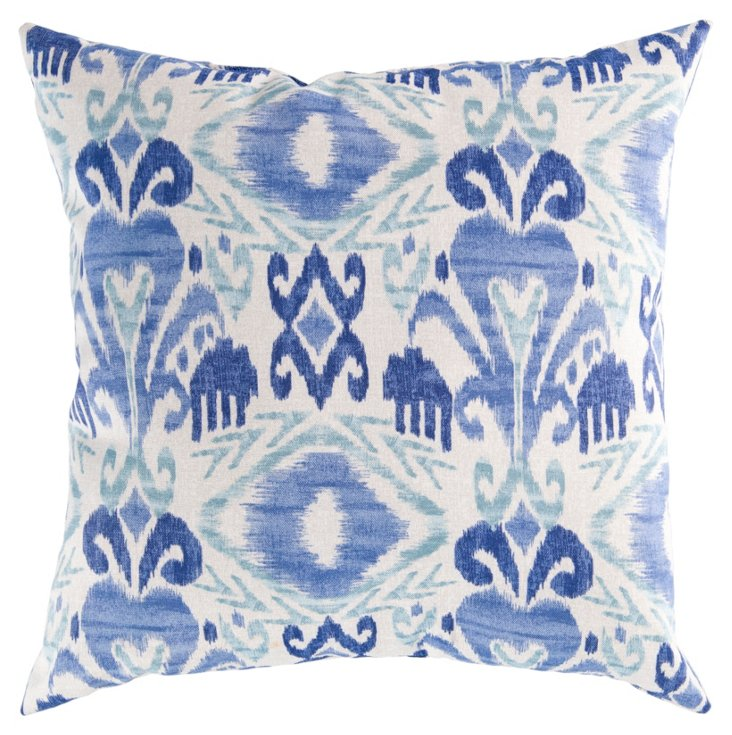 Evelyn Pillow, Blue
