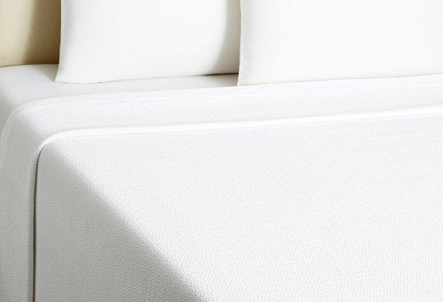 Crown Coverlet, White/White