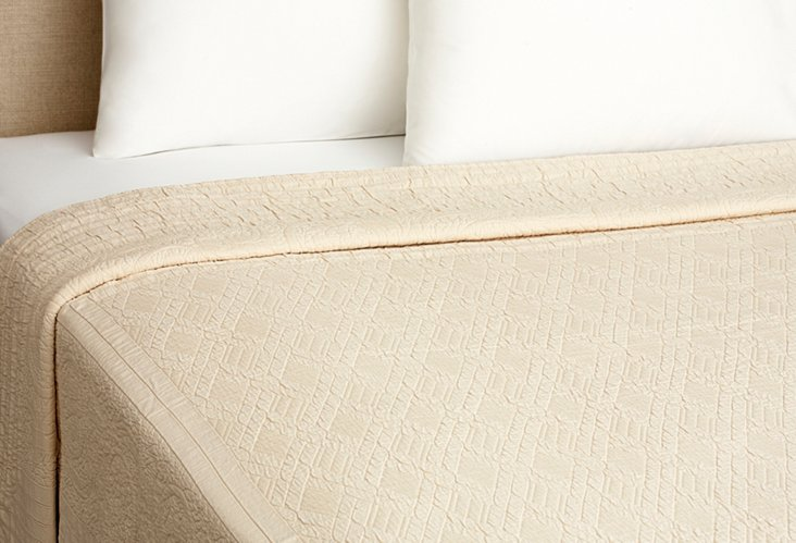 Twin Plantation Quilt, Taupe