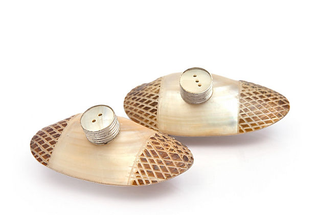 River Shell Salt & Pepper Set