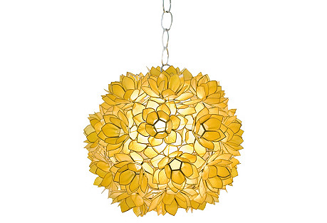 Venus Pendant, Gold
