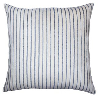 Shelly Pillow, Natural