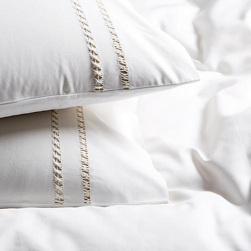 S/2 Neama Pillowcases, Cream/White