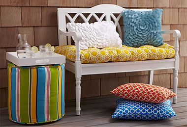 Outdoor Pillows & Poufs