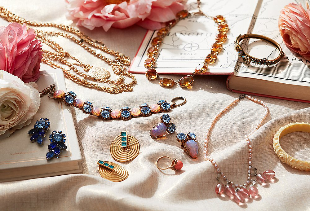 Tips to Buying Vintage Jewellery