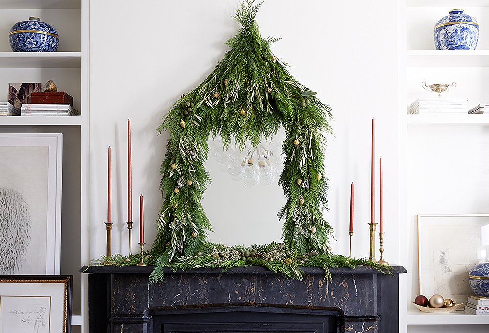 Gorgeous Christmas Greenery Decorating Ideas
