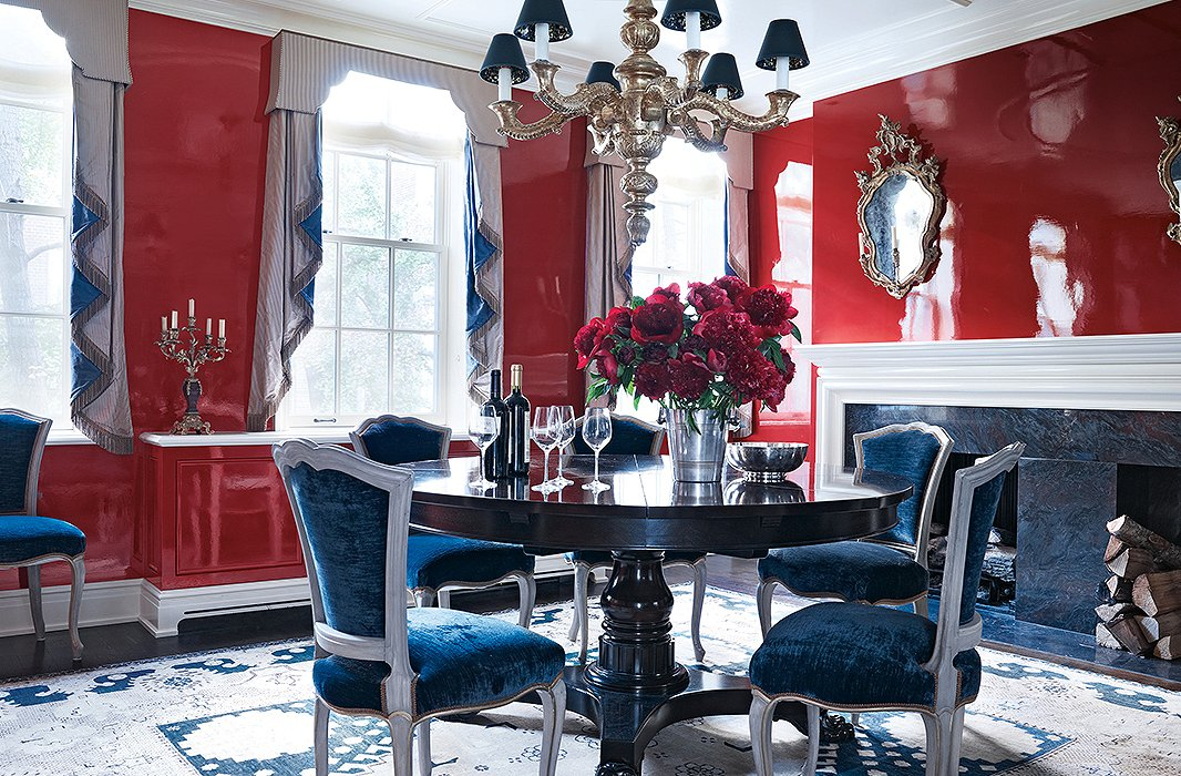 Not one to shy away from bold strokes, Celerie lacquered the walls of a sophisticated dining room in crimson red—a nod to legendary design doyenne Sister Parish.