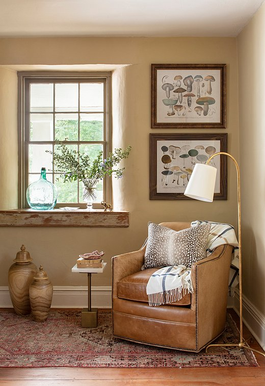 Mushroom prints, along with other botanical prints that educate as well as decorate, are a favorite element of bucolic bliss. Find the leather swivel chair here and the floor lamp here.