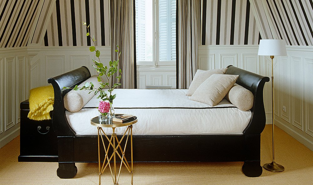Seven Dreamy Ways To Use A Daybed