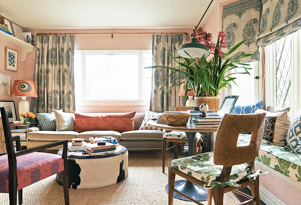 The living room of Peter Dunham's 550-square-foot home.