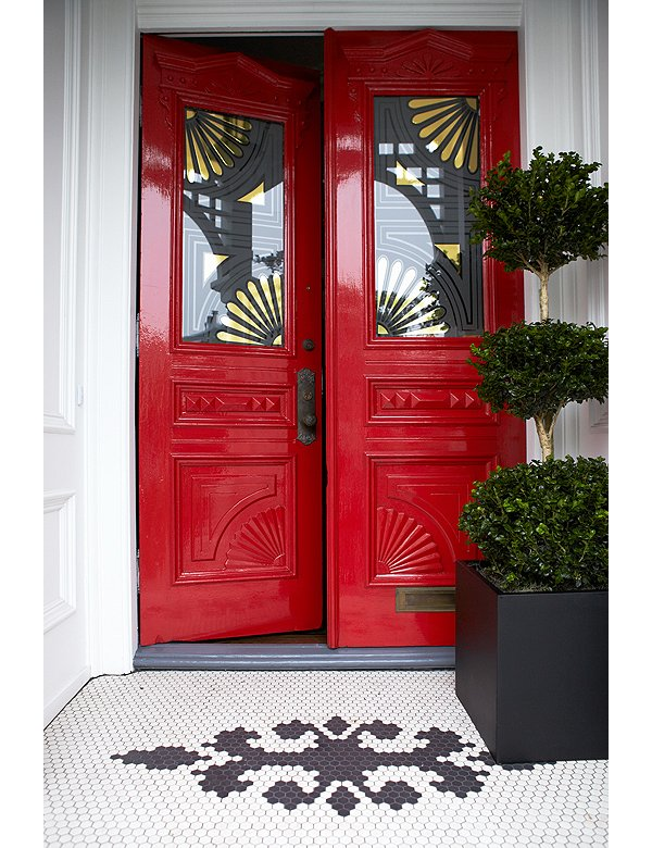 7 fabulous front door ideas for Fabulous front doors