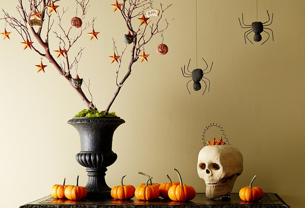 5 all hallows eve entryway