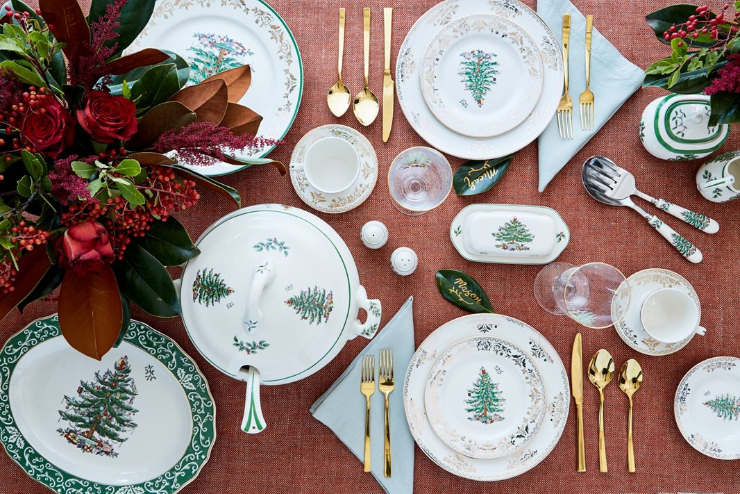 Spode's Christmas Tree collection was introduced in 1938 to great fanfare—and still feels just as beautiful 80 years later.