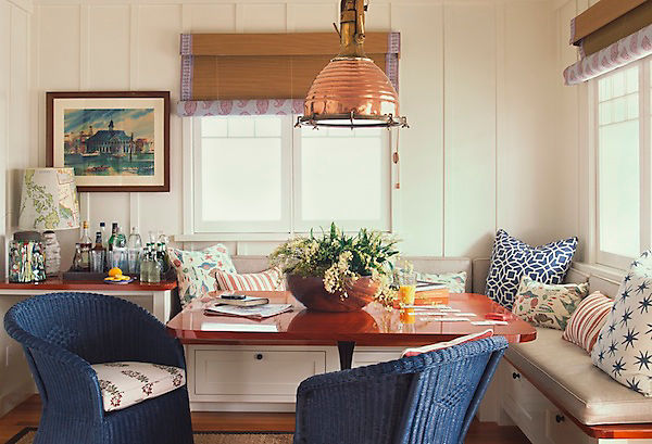A Charming Breakfast Nook