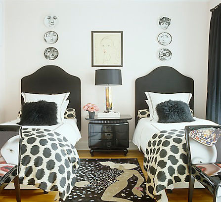 Decorate With Black White LiveLoveHome - Decorate in black and white