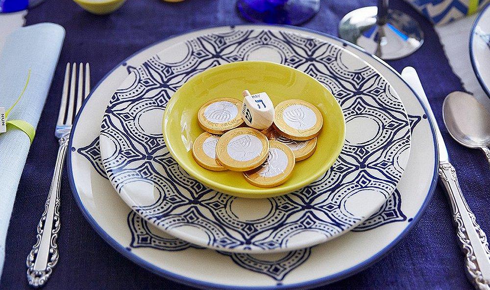 Host a Spectacular Hanukkah Celebration