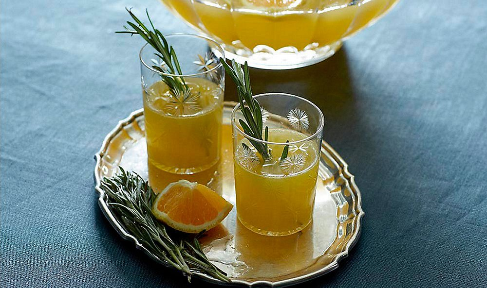 This Punch Makes Holiday Hosting a Breeze