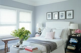 Photo by Simon Upton / Interior Archive & 7 Inspiring Ideas for Above the Bed