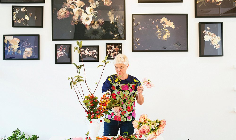 Inside Artist Ashley Woodson Bailey's Flower-Filled World