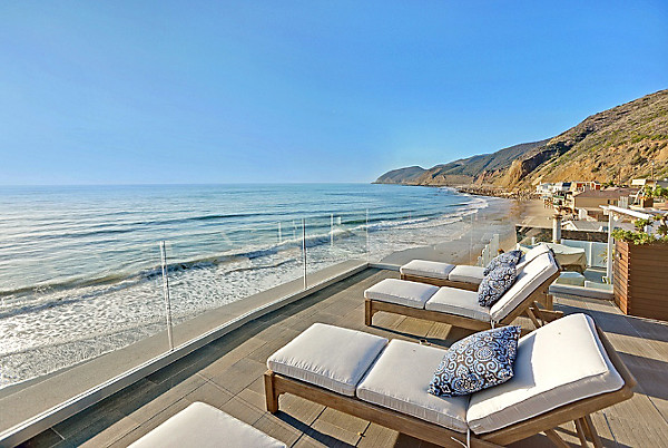 Beyond-Amazing Beach Houses for Rent -- One Kings Lane