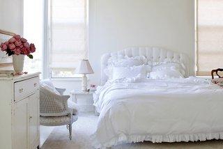 6 bedroom paint colors for a dream boudoir rh onekingslane com Romantic Master Bedroom Paint Colors Calming Bedroom Paint Colors