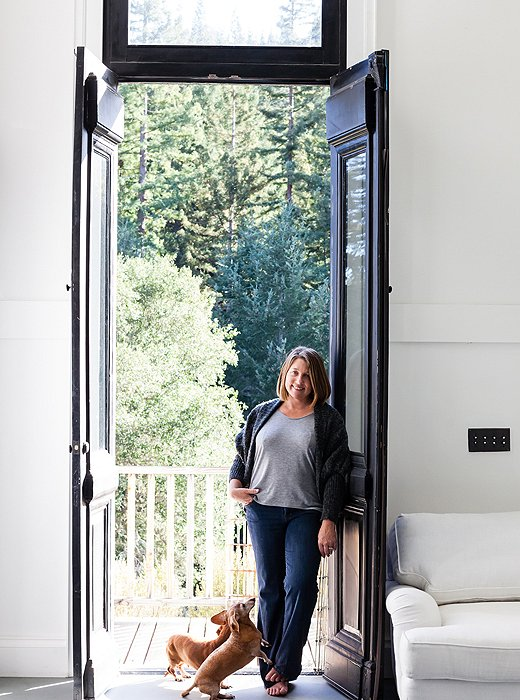 Dawn's gorgeous double doors feature several glass windows that let light shine into her space.