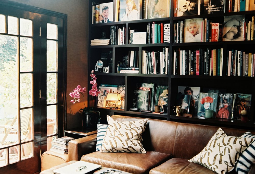 Decorating With Books Pleasing Decorating With Books Decorating Design