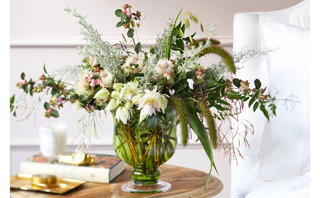 Four Foolproof Floral Arrangements One Kings Lane Our Style Blog