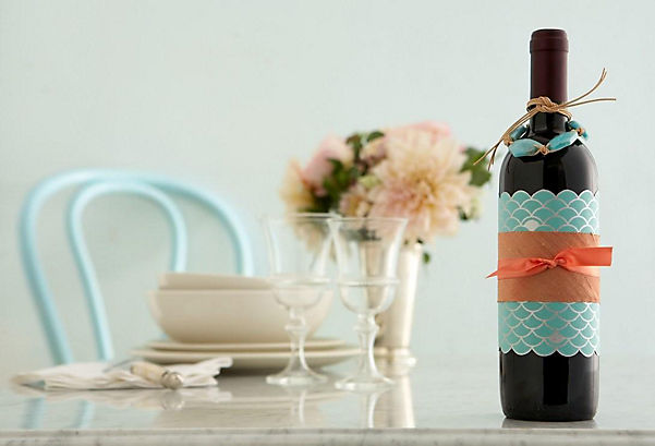 How To Decorate Wine Bottles For A Gift Mesmerizing Giftwrapping Tips Design Inspiration