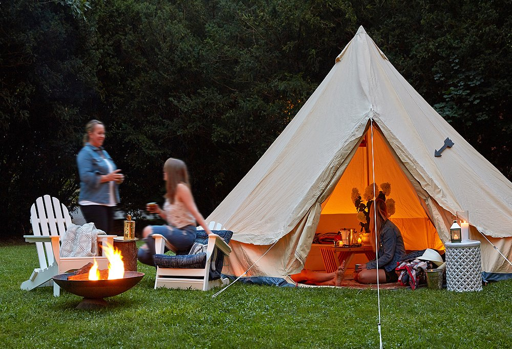 How to Pull Off a Dreamy Night of Glamping