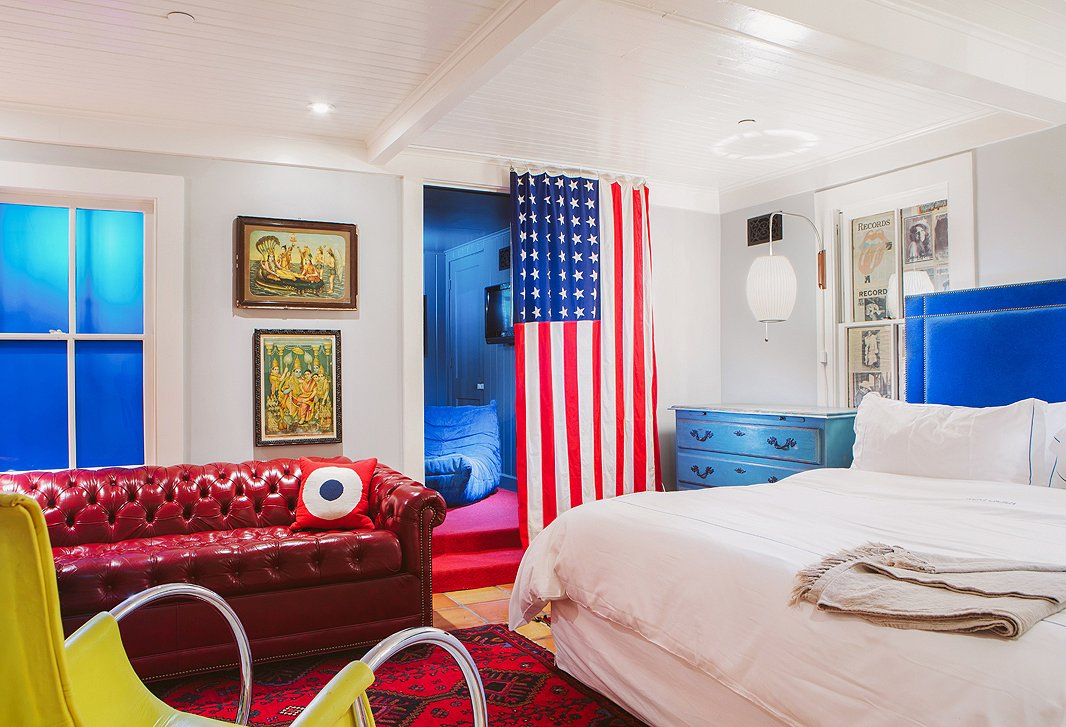 If blue is the hotel's signature color, red runs a close second, chosen for its color-wheel contrast with blue and classic Americana leanings.