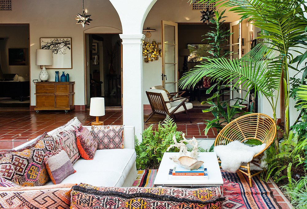 Inside the eclectic los angeles home of katie tarses    one kings lane